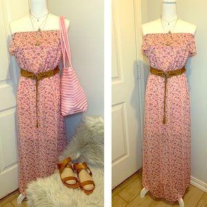 👗 Pink Floral Maxi Dress NWT